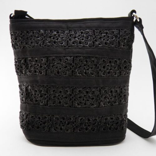 Square – Eco-friendly Hand-crocheted Shoulder Bag