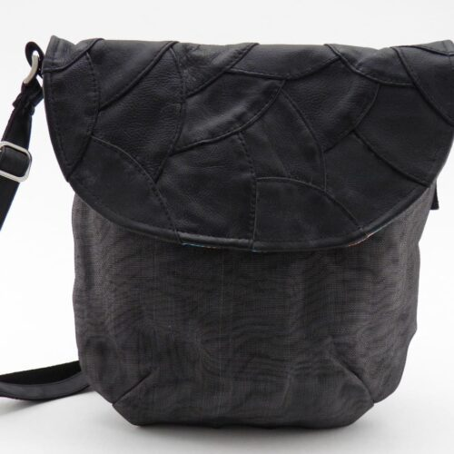 Share – Eco-friendly Leather Shoulderbag
