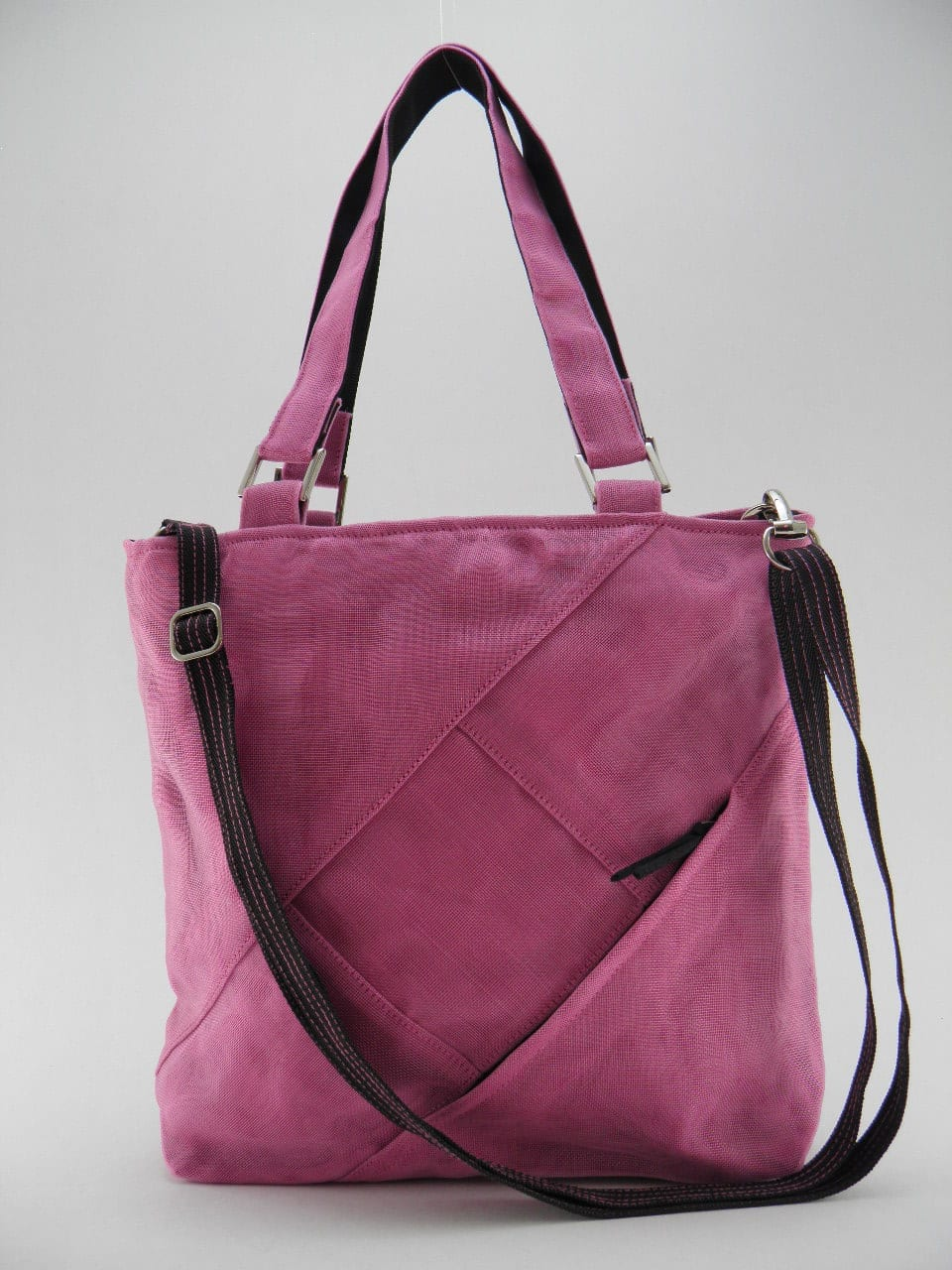 FAQ – Ethical Handbag - Medium - Pink - strap