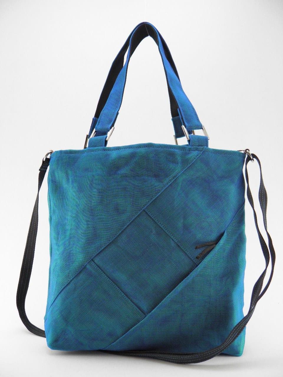 FAQ – Ethical Handbag - Medium - Oil blue - strap