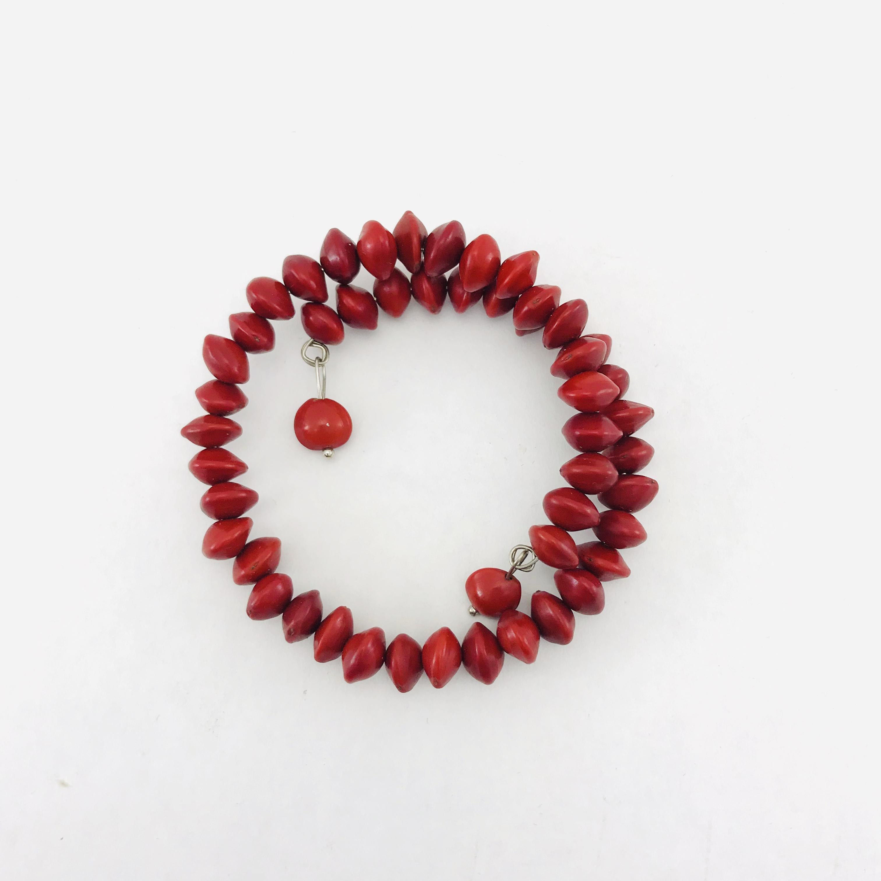 Iron Bracelet 1 Turn - Natural Seeds Bracelet - Red
