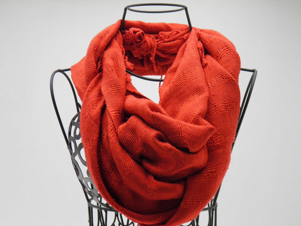 Le Soyeux – Foulard Soie Sauvage – Rouge