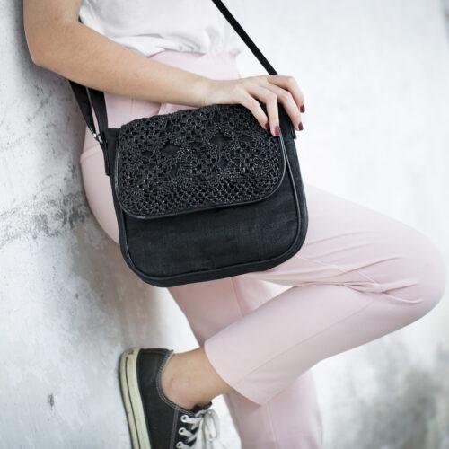 Square – Eco-friendly Crossbody Bag - Smateria