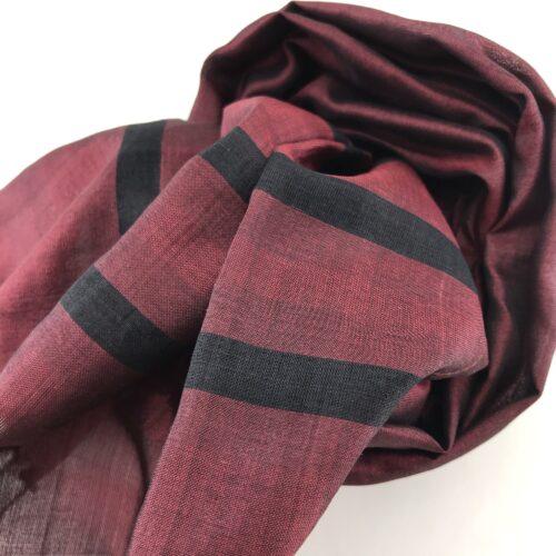 Essential Scarf - Black Stripes - Burgundy - Detail