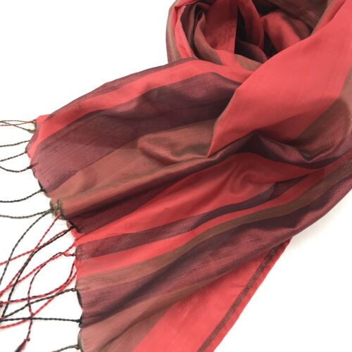 Red Scarf – Essential