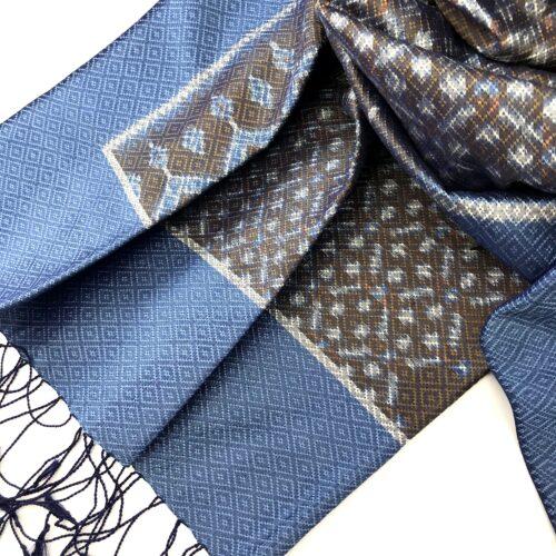 Hol Lboeuk – Ikat Silk Shawl – Blue Sky - Detail
