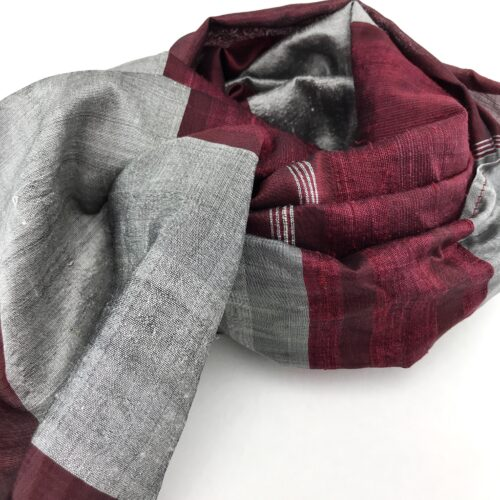 Sophisticate Fair Trade Scarf - Red-Silver - Detail